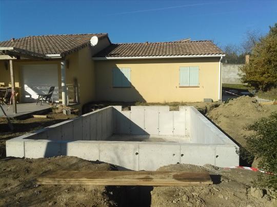 gros oeuvre piscine beton banche